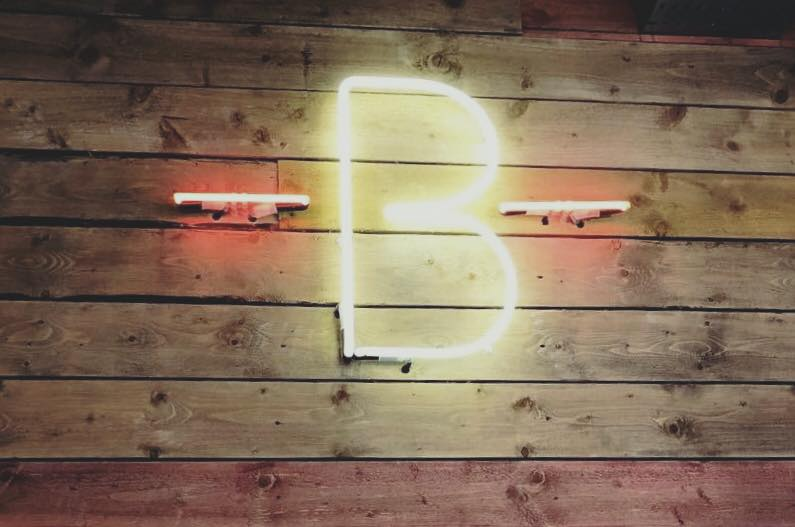 Neon B sign at The Barre Fashion Voyeur Blog
