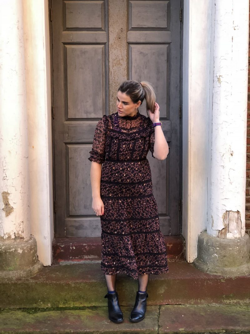 Blogger Pixie Tenenbaum wearing a Prairie Girl Style Dress